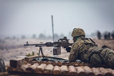 Szkolenie strzeleckie spadochroniarzy