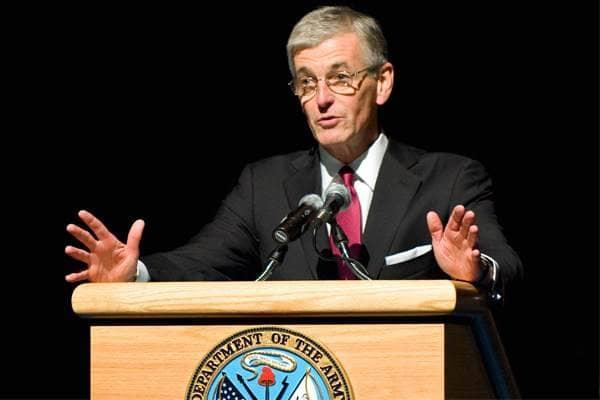 zdjęcie - McHugh: Rozwijamy współpracę wojskową