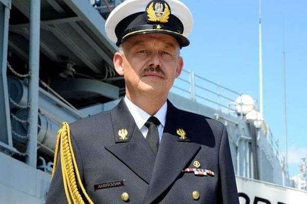 zdjęcie - Admirał Ambroziak obejmuje obowiązki