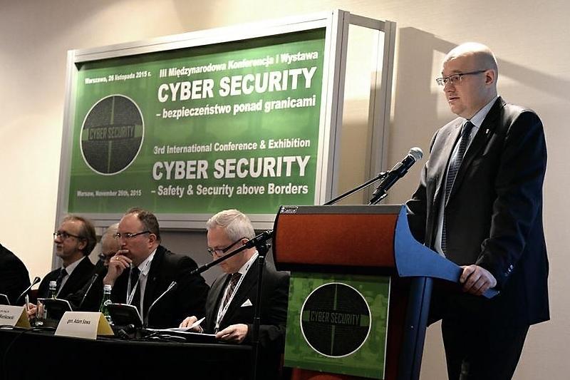 zdjęcie - Eksperci o cyberbezpieczeństwie