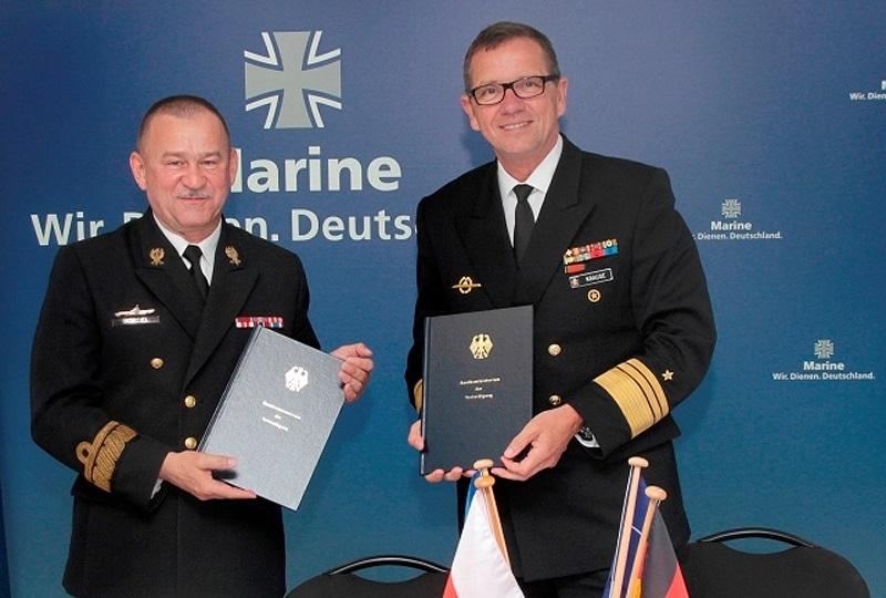 c95a78ac756fa Porozumienie o uruchomieniu COMSUBBALTIC podpisali kilka dni temu inspektor marynarki  wojennej w Dowództwie Generalnym Rodzajów Sił Zbrojnych kadm.