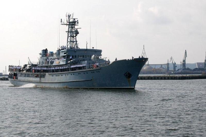 """zdjęcie - ORP """"Wodnik"""" powrócił do Gdyni"""