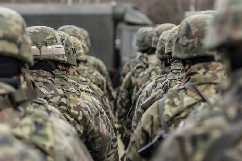 zdjęcie - W tym roku z wojska ...