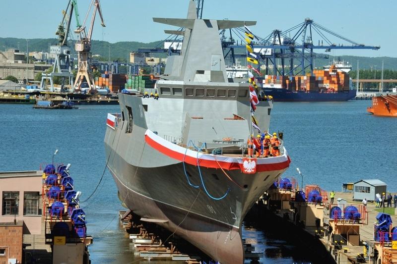 zdjęcie - Sprzedaż Stoczni Marynarki Wojennej