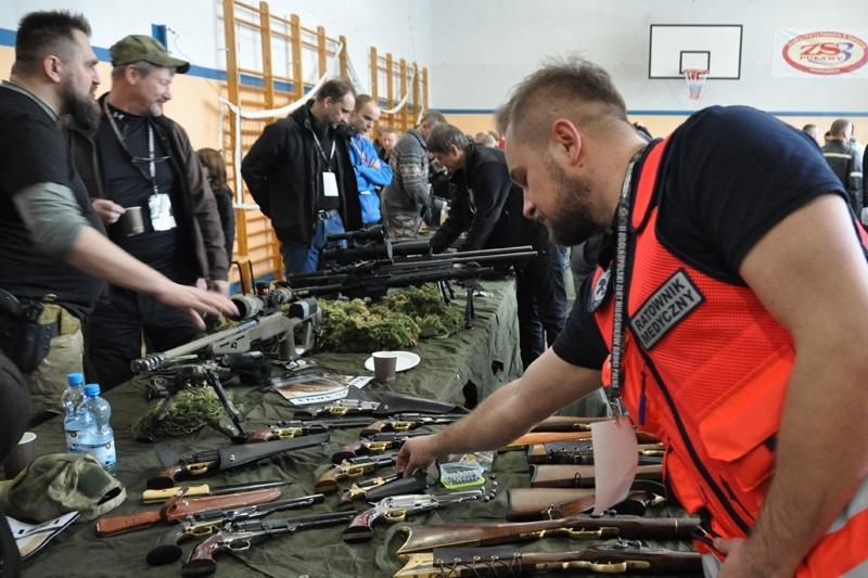 zdjęcie - Zlot kolekcjonerów broni palnej