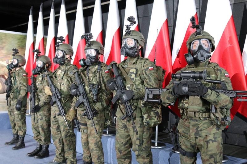 zdjęcie - Sprzęt ochronny dla żołnierzy