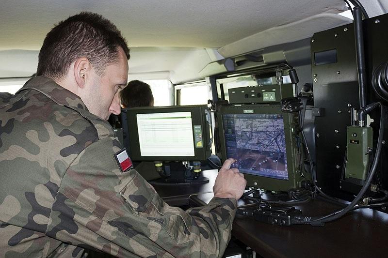 zdjęcie - Polska musi mieć cyberbroń