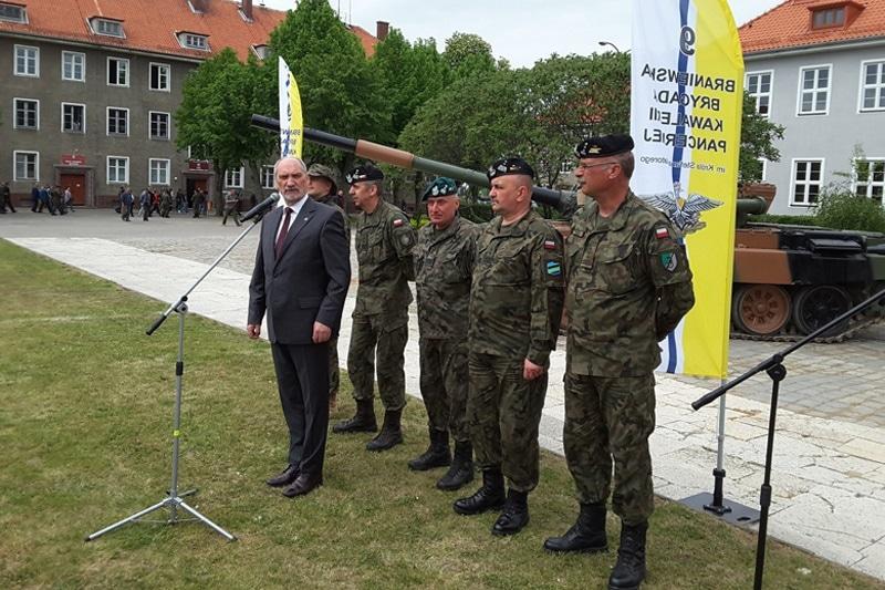 zdjęcie - Pancerniacy jadą na Łotwę