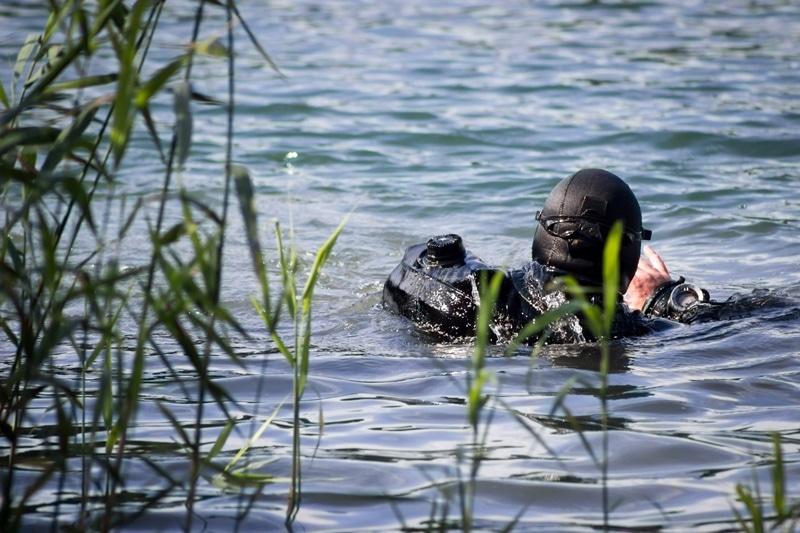 zdjęcie - Saperzy pracowali na dnie jeziora