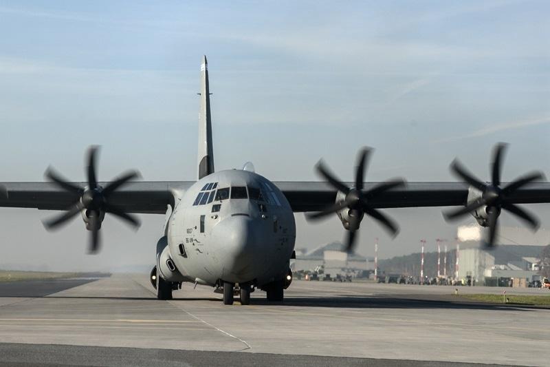 zdjęcie - Amerykańskie Herculesy wylądowały w Powidzu