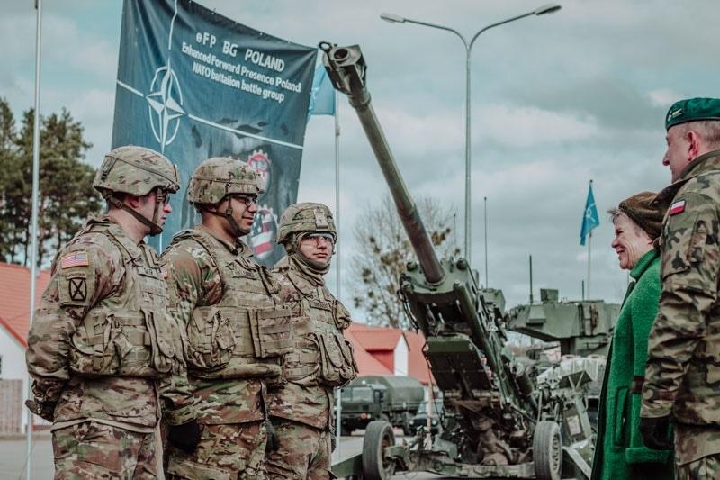 zdjęcie - Rok sojuszniczej misji na wschodniej ...