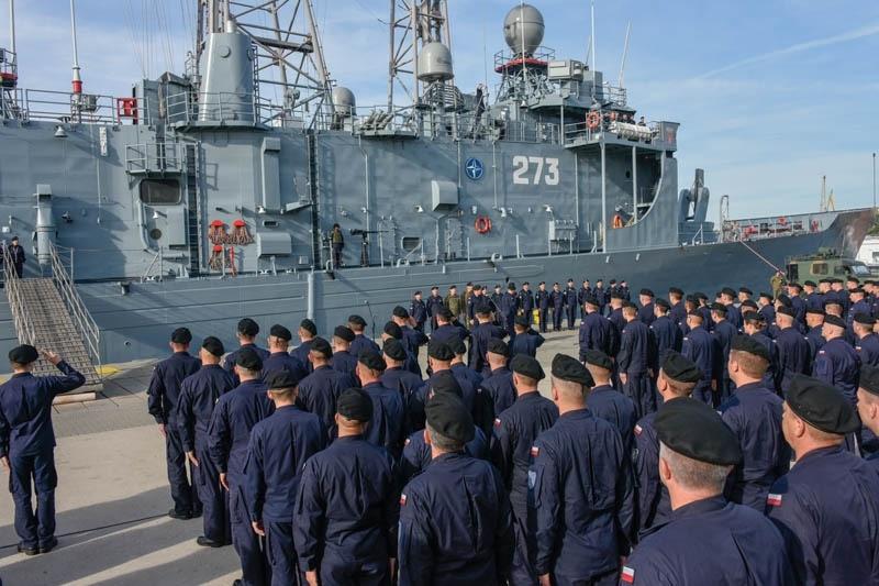 """zdjęcie - """"Kościuszko"""" wyruszył po szczątki admirała"""