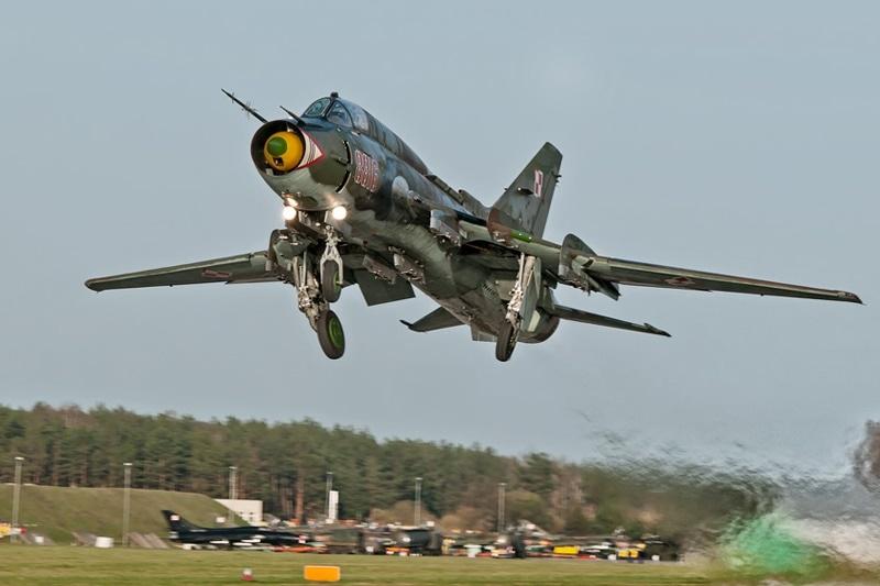zdjęcie - Su-22 znowu w powietrzu