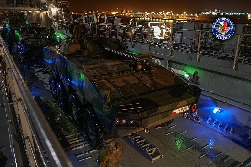 zdjęcie - Szczecińska dywizja na morzu
