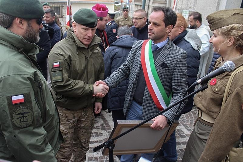 zdjęcie - Komandosi uczcili we Włoszech swoich ...